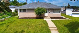 7716 W Brentwood Ave, Milwaukee, WI 53223