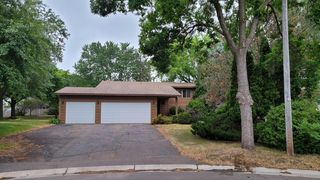 12160 Larch St NW, Coon Rapids, MN 55448