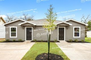 1614 Bryan Ave #B, Waco, TX 76708
