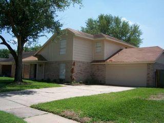 1518 Washington Dr, Deer Park, TX 77536