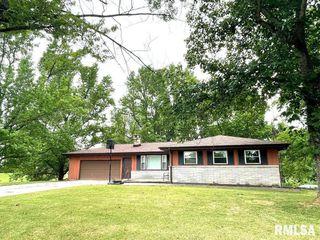 2066 Ross Rd, Centralia, IL 62801