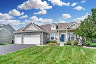 6086 Baumeister Dr, Hilliard, OH 43026
