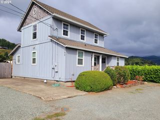 109 Cypress Ave, Garibaldi, OR 97118