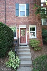 1910 N Rhodes St #48, Arlington, VA 22201
