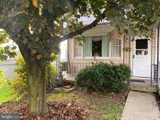 317 Spring Garden St, Pottsville, PA 17901