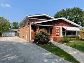 10644 Leclaire Ave, Oak Lawn, IL 60453