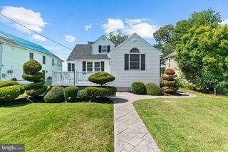 3924 New Section Rd, Middle River, MD 21220