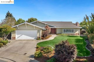 1863 Lakeview Ct, San Leandro, CA 94577