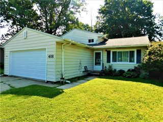 418 Hickory Ln, Painesville, OH 44077