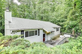 405 Forest Valley Rd, Sandy Springs, GA 30342