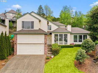6317 SW Bently Ct, Portland, OR 97219
