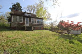 95 Lucie Ln, Valley Park, MO 63088