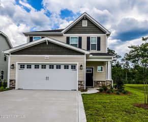 2614 Longleaf Pine Cir, Leland, NC 28451