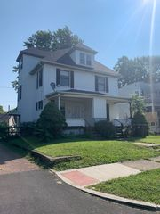 1538 Woodland Ave NW, Canton, OH 44703