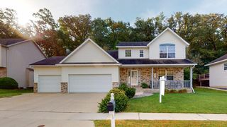 1008 Southern Woods Pl SW, Rochester, MN 55902