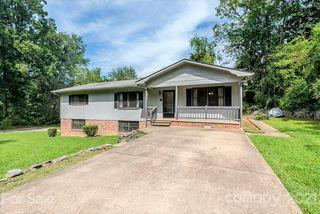 115 Arthur Ln, Hendersonville, NC 28791