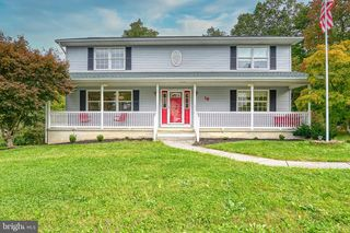 19 Yankee Dr, Mount Holly Springs, PA 17065