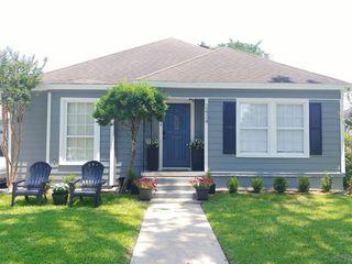 2434 Goldsmith St, Houston, TX 77030