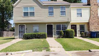 9443 Olde Village Ct, Dallas, TX 75227