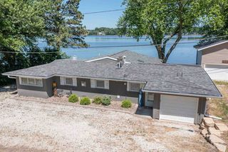 22001 Great River Rd, Le Claire, IA 52753