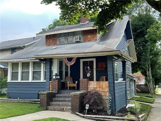 2484 East Ave, Akron, OH 44314