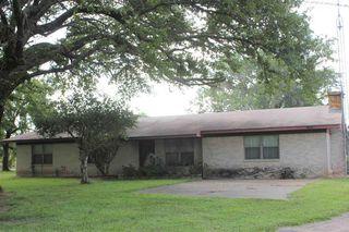 1271 County Road 2111, Hooks, TX 75561