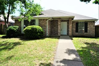 6904 Black Wing Dr, Fort Worth, TX 76137