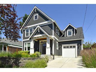 2215 N Emerson St, Portland, OR 97217