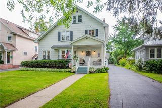 81 Quentin Rd, Rochester, NY 14609