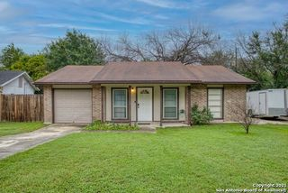 4426 Hickory Hill Dr, Kirby, TX 78219