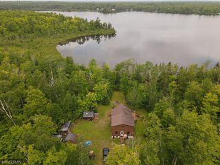 8823 Wilderness Retreat Rd, Duluth, MN 55803