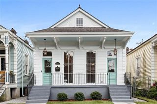 2207 General Pershing St, New Orleans, LA 70115