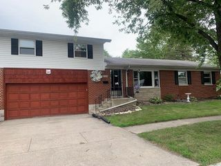 625 E 40th Ave, Griffith, IN 46319