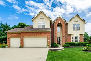 2512 Maxwell Ave, Lewis Center, OH 43035