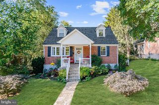 412 Harwood Rd, Catonsville, MD 21228