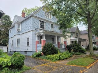 26 Edmonds St, Rochester, NY 14607