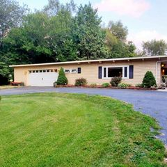 1605 East Broadway, Monmouth, IL 61462