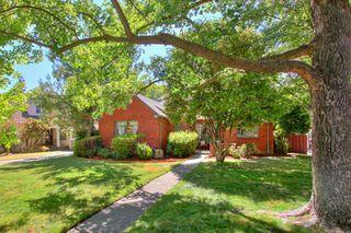 2768 Land Park Dr, Sacramento, CA 95818
