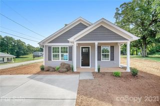 801 Willow Ln, Bessemer City, NC 28016
