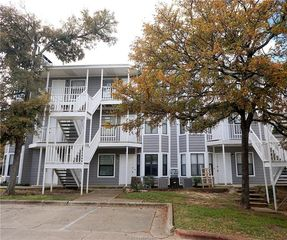 4441 Old College Rd #9302, Bryan, TX 77801