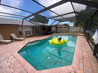 225 Crystal Lake Rd, Melbourne, FL 32901
