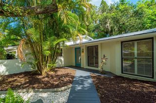 2200 Alameda Ave, Sarasota, FL 34234