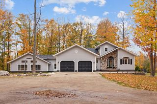 654 S Townline Rd, Gaylord, MI 49735