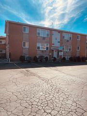 4115 S Harlem Ave #2E, Stickney, IL 60402