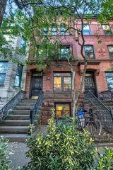 210 Saint James Pl, Brooklyn, NY 11238