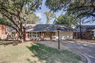 3944 W Spurgeon St, Fort Worth, TX 76133