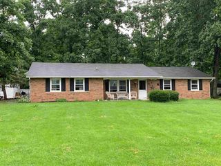 1620 W Buddale Dr, Columbia City, IN 46725