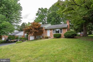 41 Spring House Rd, Lancaster, PA 17603