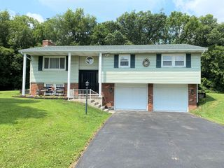 3654 Bruce St, Bellefontaine, OH 43311
