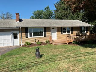 1021 Middle St, Middletown, CT 06457